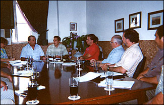 Alamar delegation meets with Pedro Alvarez
